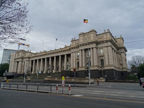 Parlamento de Melbourne com visitas marcadas