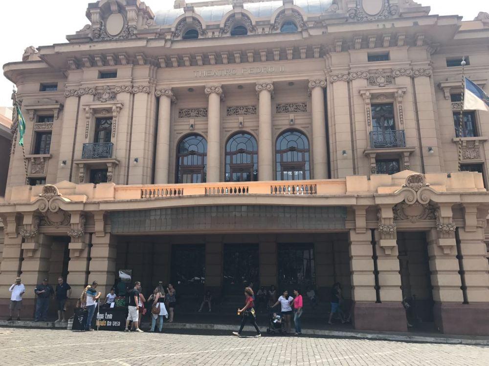 Teatros de São Paulo. O teatro de Ribeirão Preto