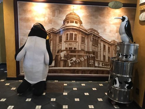 Entrada da casa do Pinguim