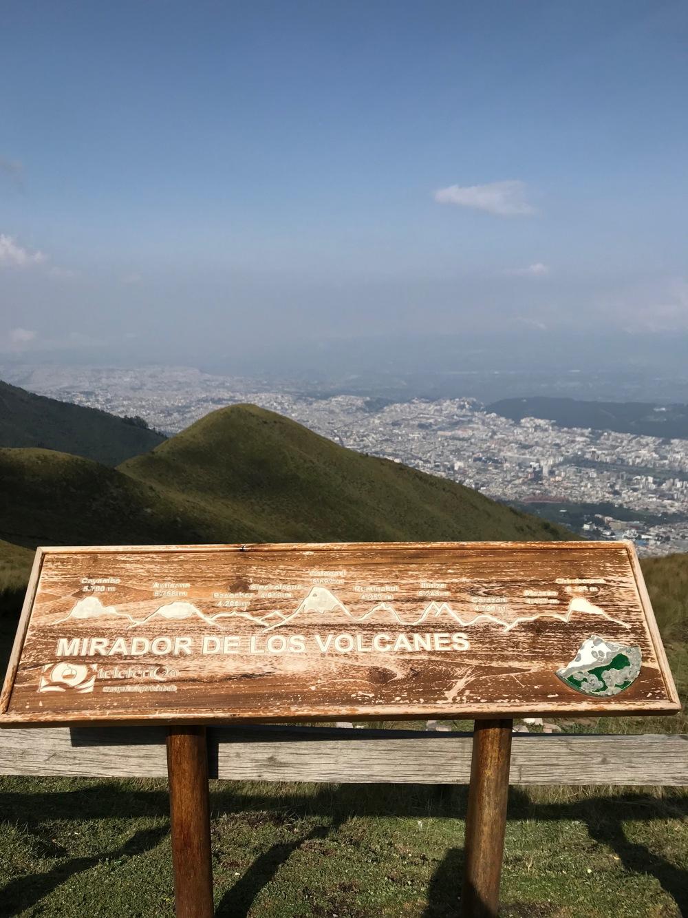 Mirante dos vulcões em Quito