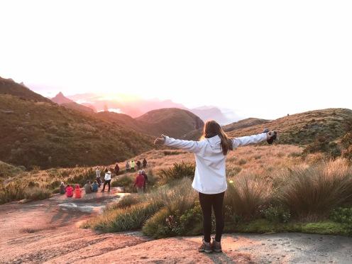 Vista do nascer do sol na Serra dos Órgãos