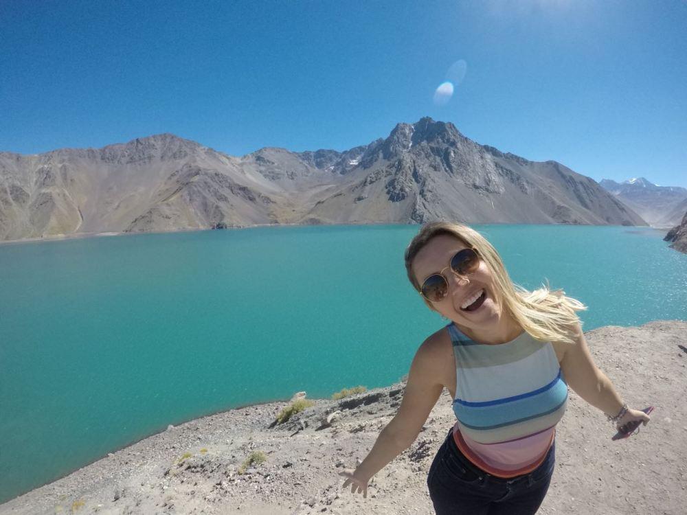 Bel no Chile aos pés das Cordilheiras dos Andes