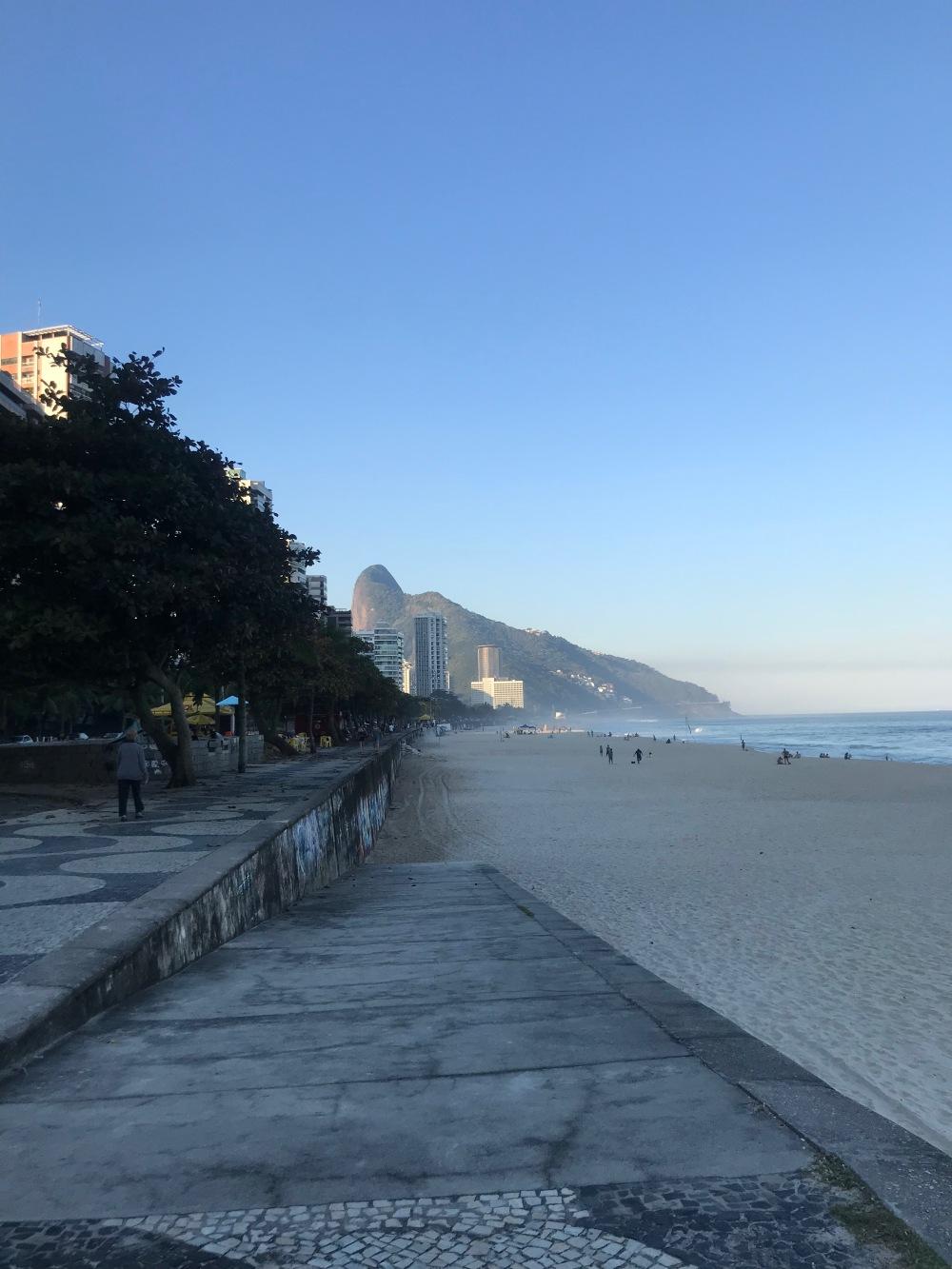 Tardezinha na praia de São Conrado no Rio de Janeiro