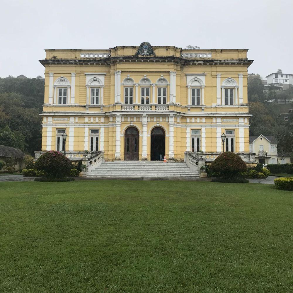 Fachada do Palácio que se hospedavam os presidentes em Petrópolis