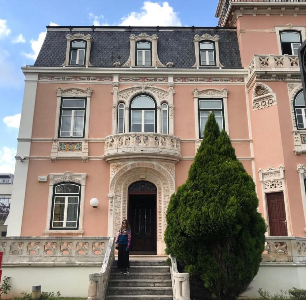 Universidade de Coimbra e Viajandinha na casa rosa