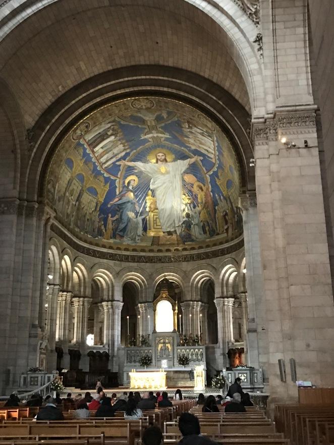Interior da Basílica da Sacre Coeur
