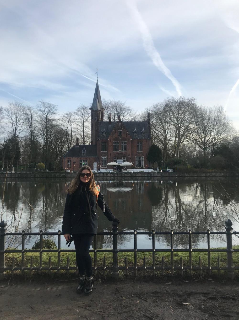 Viajandinhas em Bruges perto ao Rio