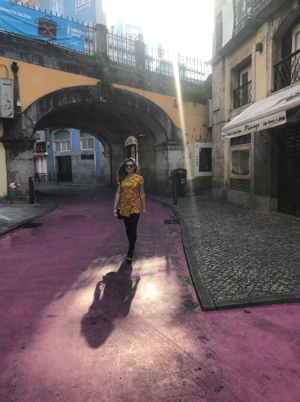 Lisboeta na rua rosa