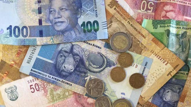 Troca de dinheiro para ir para a África do sul