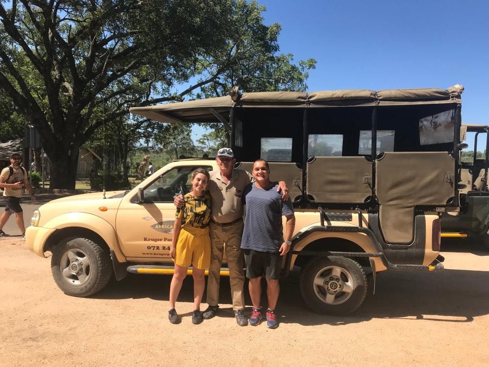Como arrumar um guia para o safari