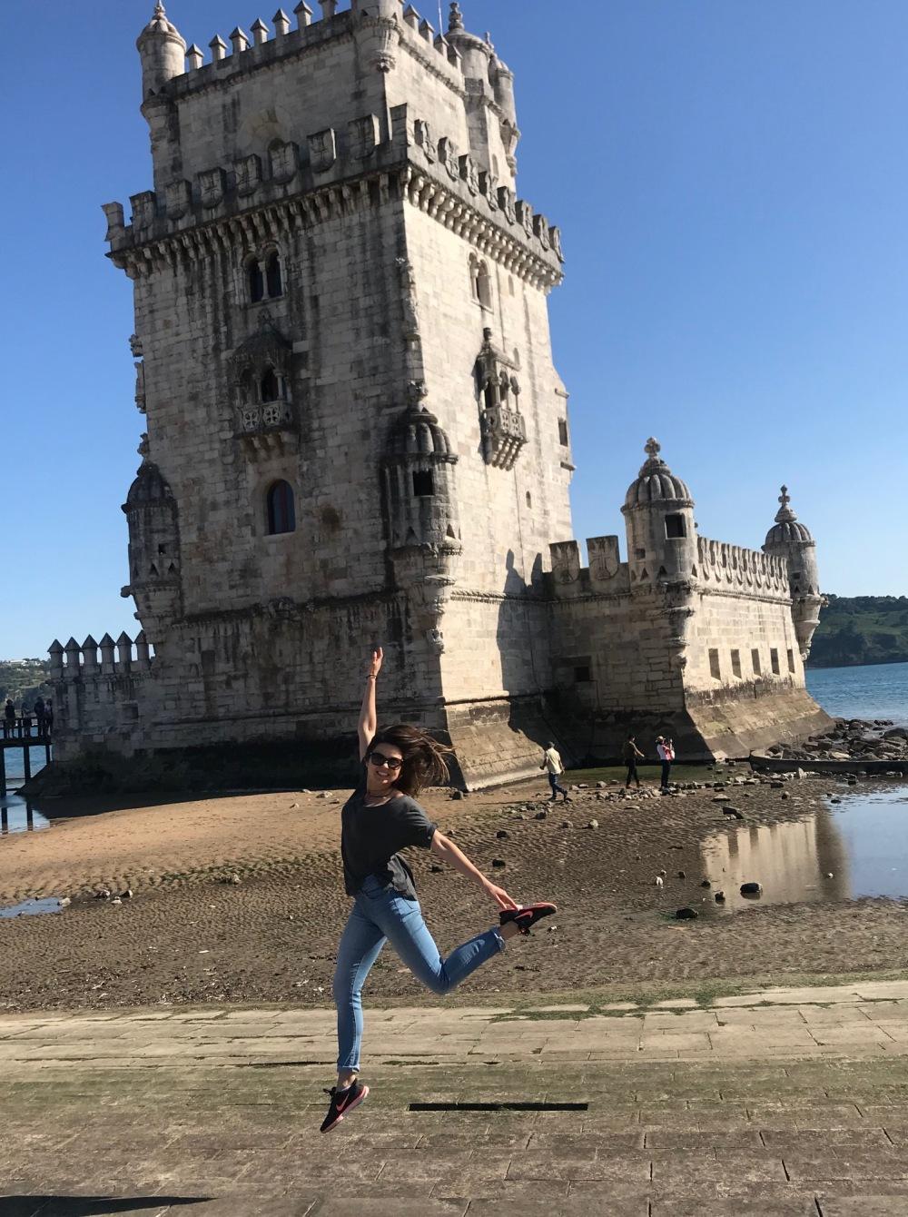 Torre de Belém em dia ensolarado