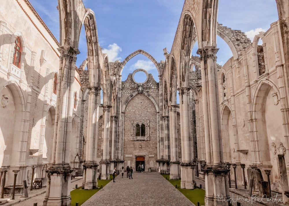 Ruínas do Convent do Carmo em Lisboa