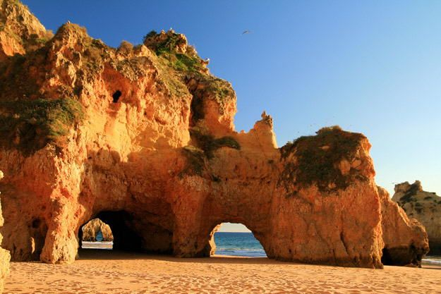 Dia na Praia três irmãos no Algarve